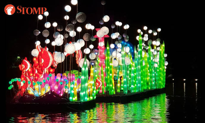 Beautiful floating lanterns light up night sky at Mid-Autumn @ Gardens by the Bay
